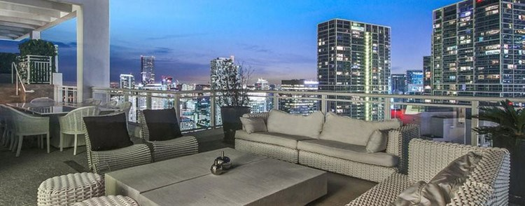 Amazing Outdoor Spaces: Private Rooftop - Asia