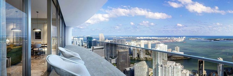 Brickell Flatiron Highrise Condo - Impeccable ocean views