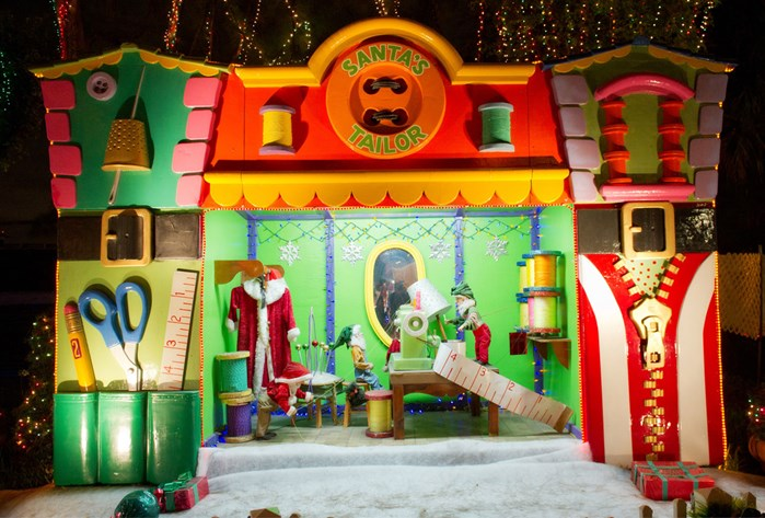 Santa's Enchanted Forest: Now - January 5